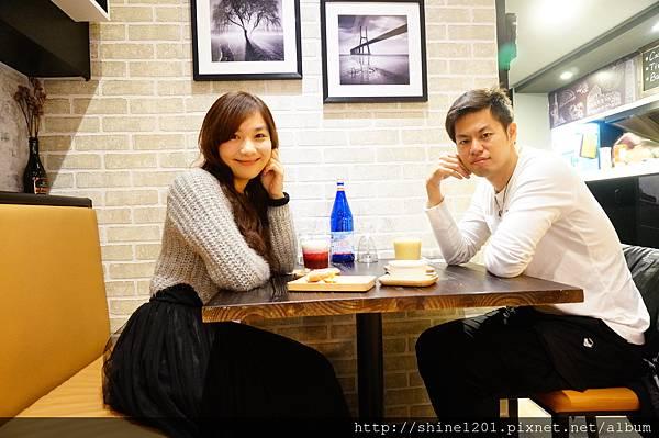 【義磚義瓦義式料理】中山站.中山店給你不一樣的放鬆小酒吧新風格