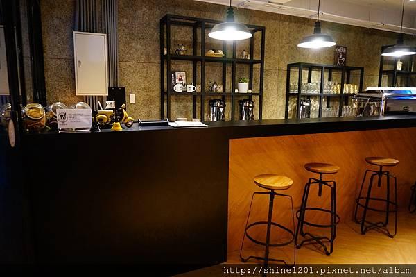 【永安捷運美食下午茶】BARKS 概念館.永安市場輕食下午茶