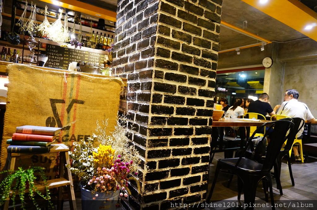 中山區美食 復興北路美食 南京復興站美食 Mastro Coffee早午餐 下午茶 異國料理