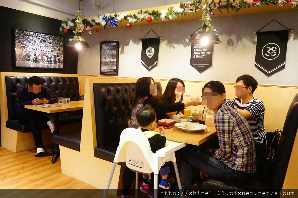 中山國中站美食 Dreamer38.松山區運動美式餐廳.餐酒館.下午茶