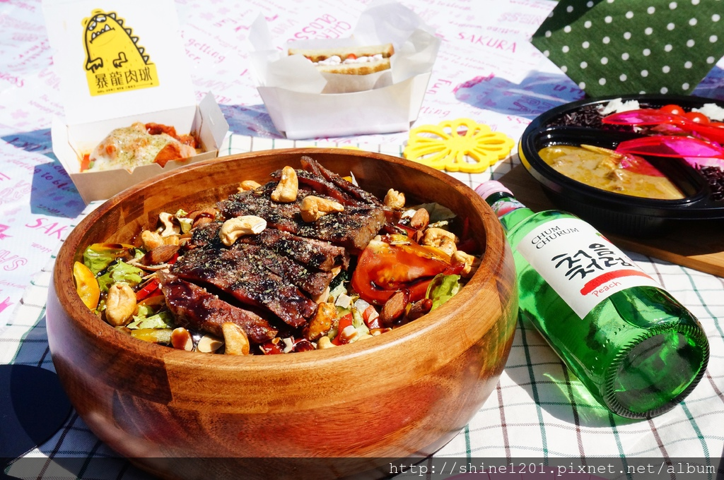 市政府站貨櫃屋市集 Commune A7.台北野餐景點