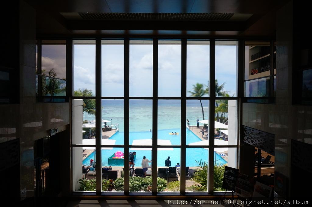 珊瑚礁飯店午餐buffet|關島飯店.關島無邊際泳池