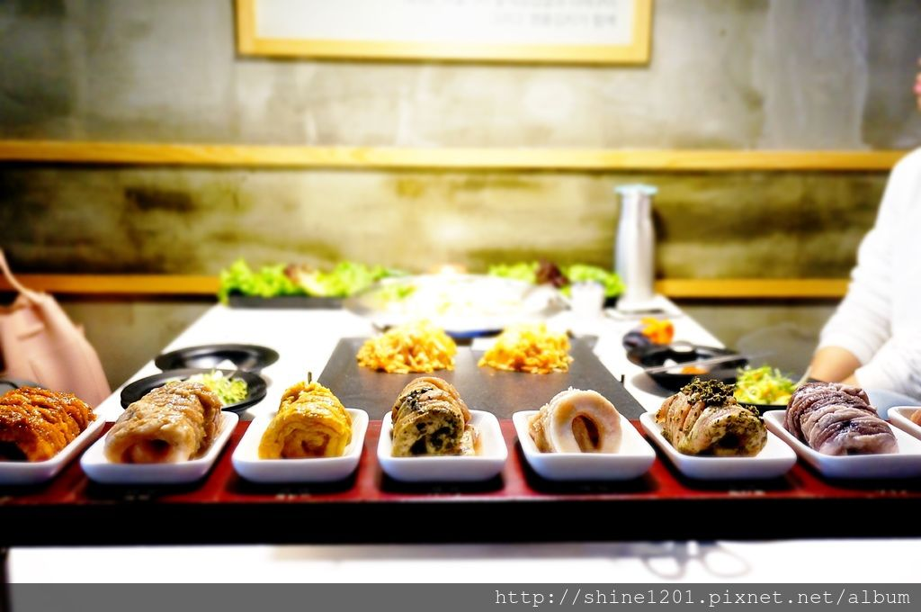 韓國第一品牌八色烤肉|板橋韓式燒肉. 遠東附近美食