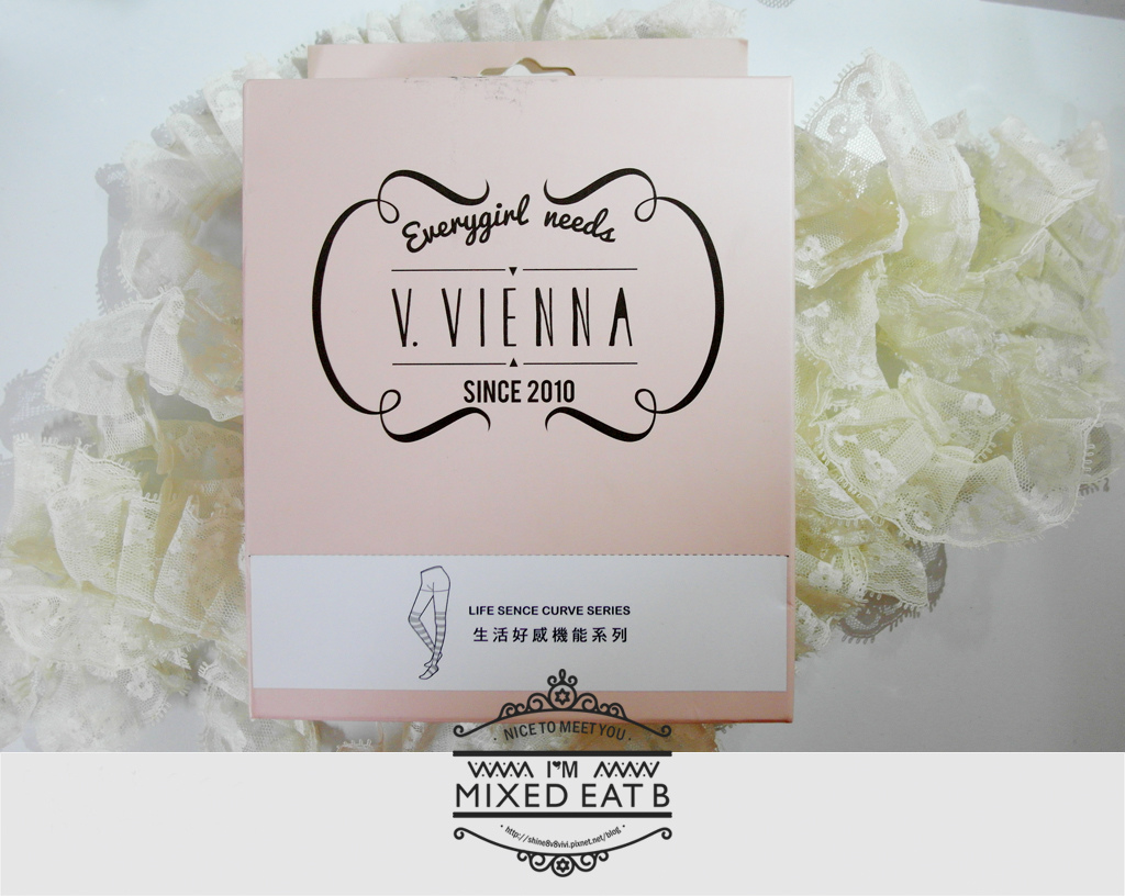 V.VIENNA微微安娜-輕機夜寢條紋塑腿襪-1-1