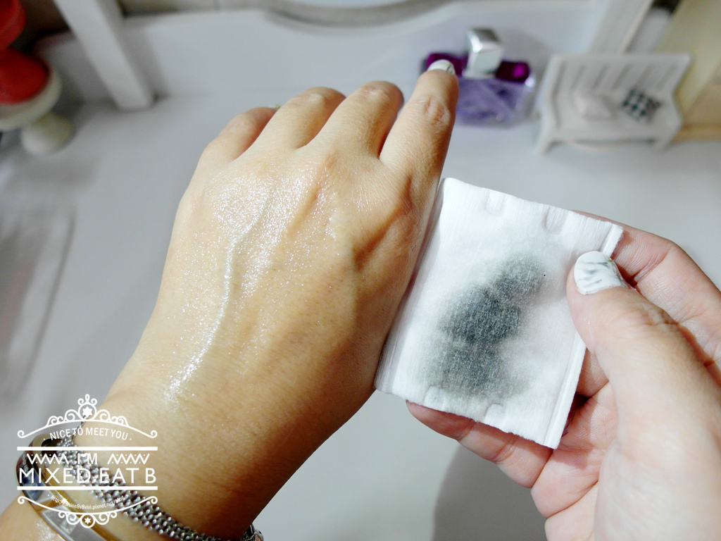 UNT激濃黑抗暈彈力眼線液筆+驚為天人濃翹抗暈睫毛膏-1-13