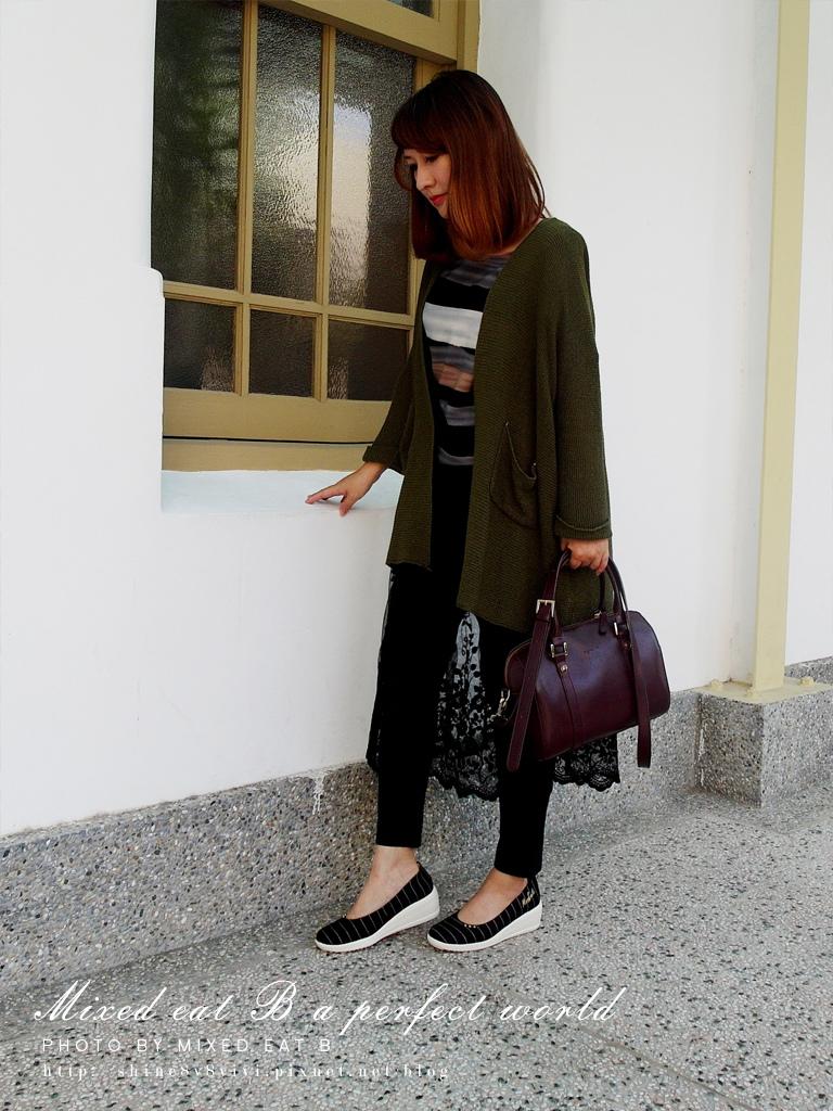 MonaSmile蒙娜微笑_鑽飾條紋厚底娃娃鞋-1-23