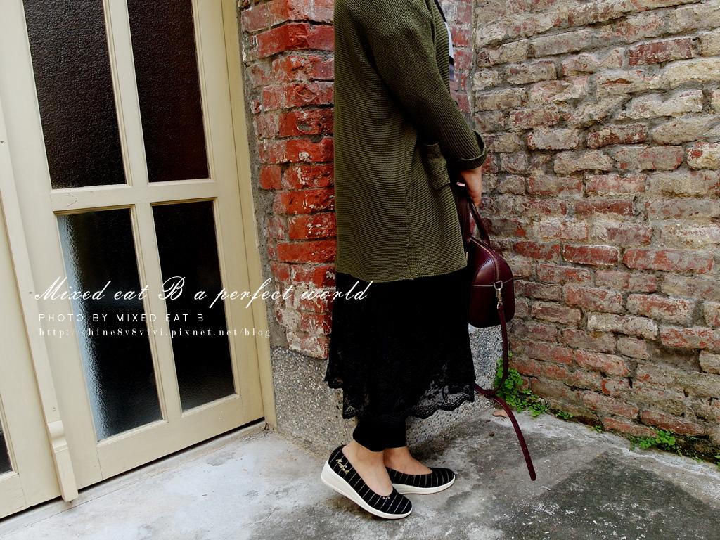 MonaSmile蒙娜微笑_鑽飾條紋厚底娃娃鞋-1-28