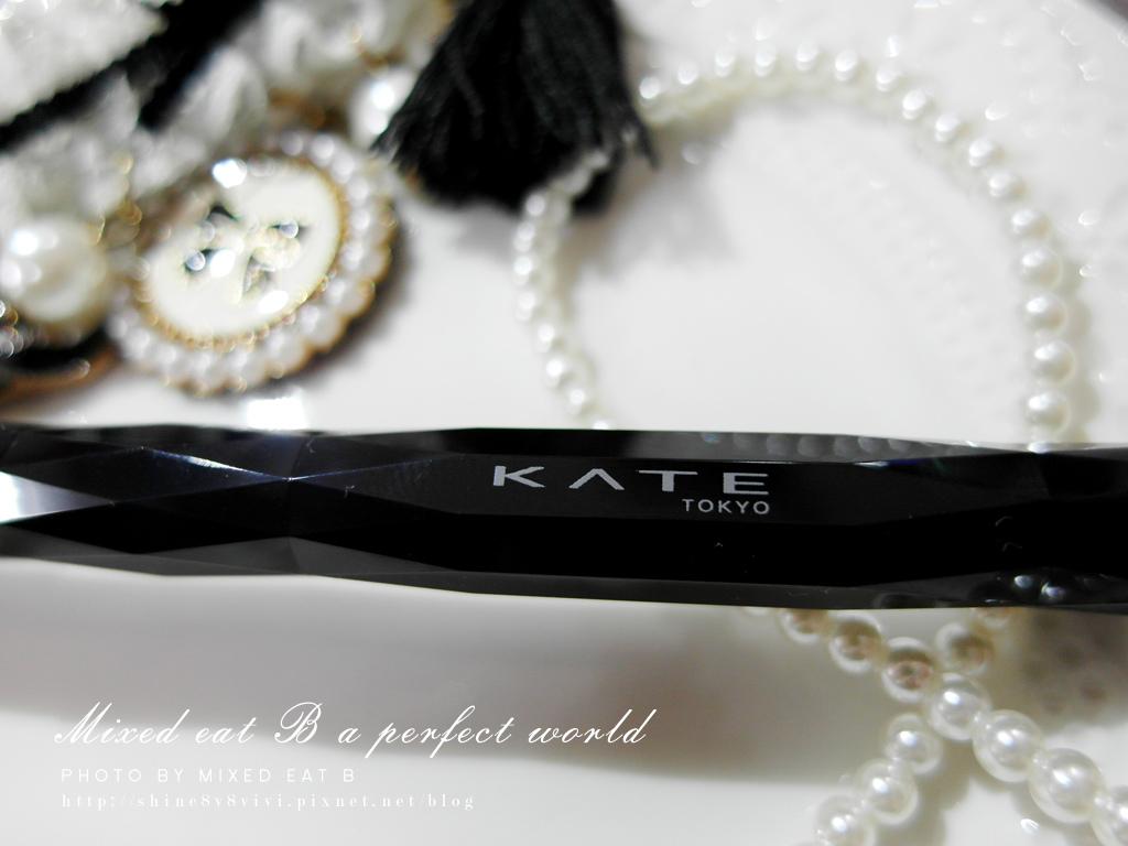 KATE奢光燦媚眼影盒+持久液體眼線筆-1-14