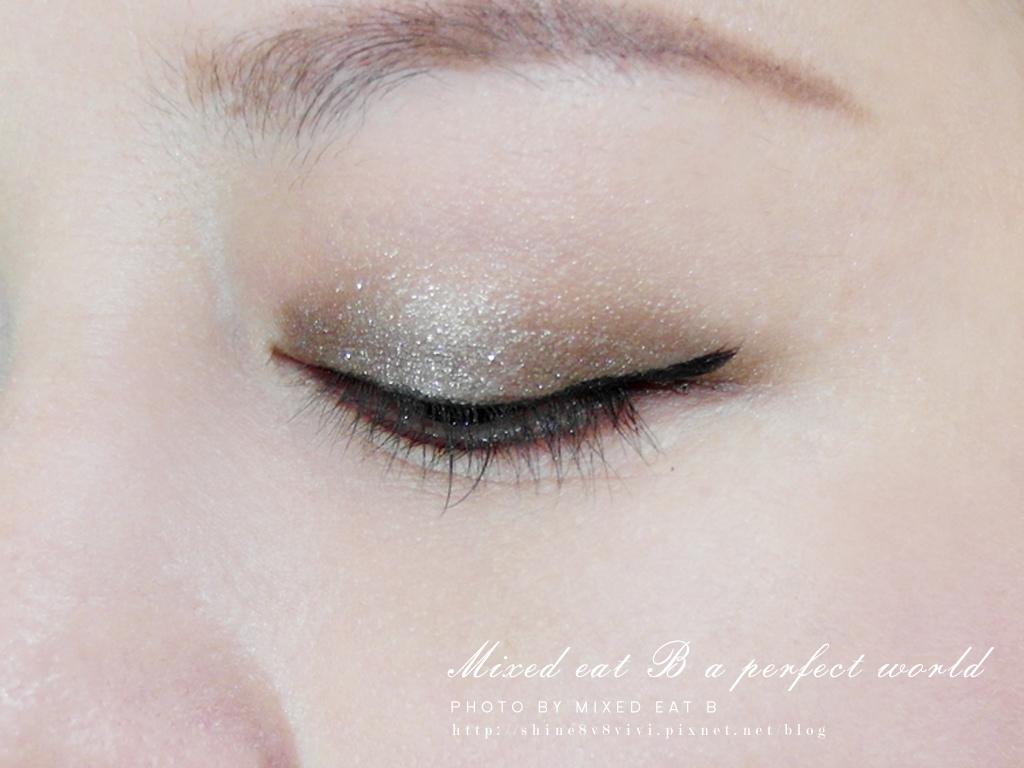 KATE奢光燦媚眼影盒+持久液體眼線筆-1-21