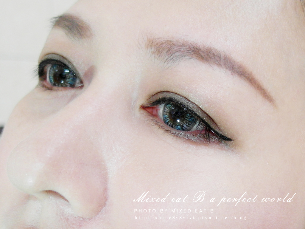 KATE奢光燦媚眼影盒+持久液體眼線筆-1-22