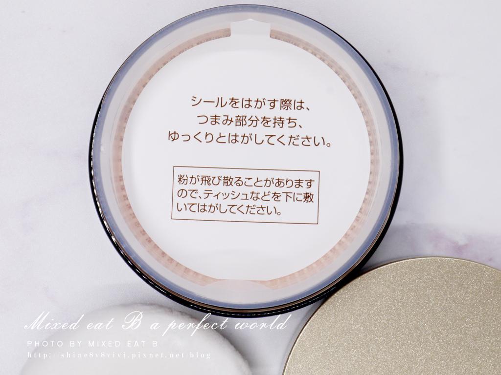 COVERMARK柔紗極光無瑕粉底霜+柔紗極光蜜粉-1-13