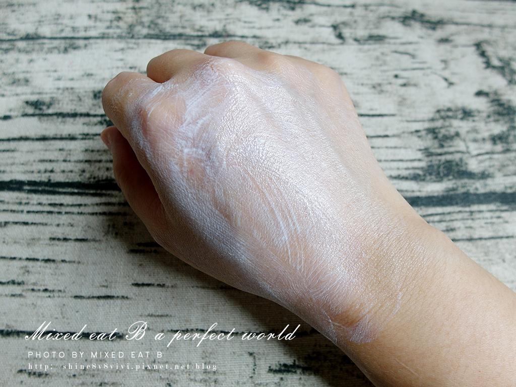 LANCOME超輕盈UV提亮素顏霜+超輕盈UV水凝露-1-7