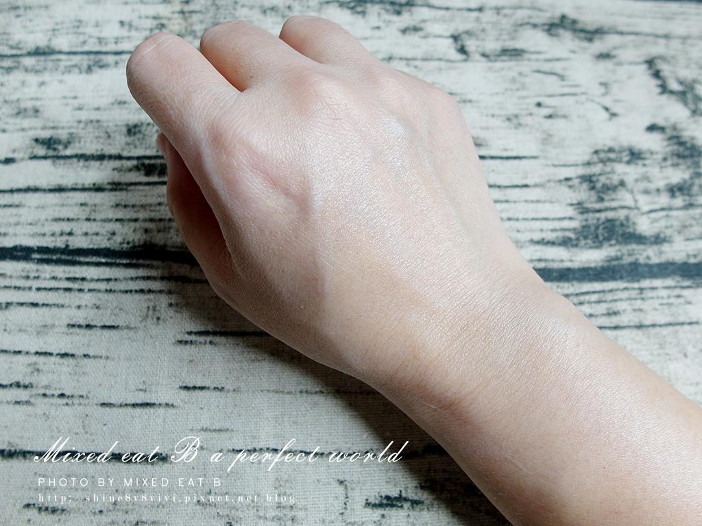 LANCOME超輕盈UV提亮素顏霜+超輕盈UV水凝露-1-8