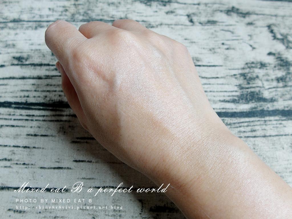 LANCOME超輕盈UV提亮素顏霜+超輕盈UV水凝露-2-7