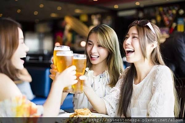 夏天最愛喝啤酒也胖得快.jpeg