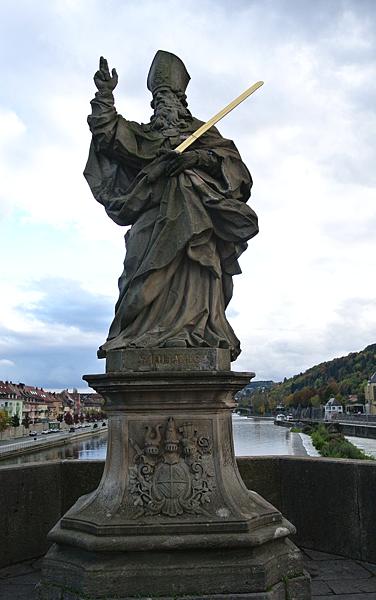 雕像10( Sankt Kilian 聖基利安).png