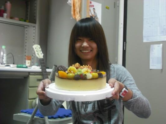 (寢室慶生系列)吃完蛋糕馬上衝夜唱