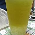 青蘋果綠茶加椰果