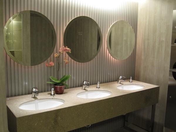 豪華閣廁所