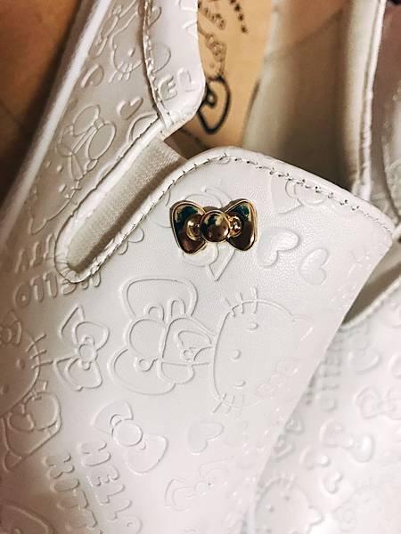 Kitty 鞋子_170129_0002.jpg