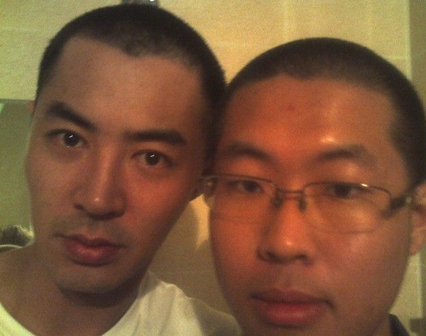 JIN和同僚.jpg