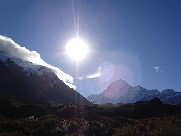 艷陽下的Mt Cook