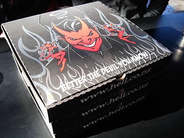 Hell Pizza外帶盒很棒