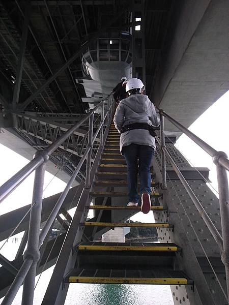 走大橋也有點驚悚