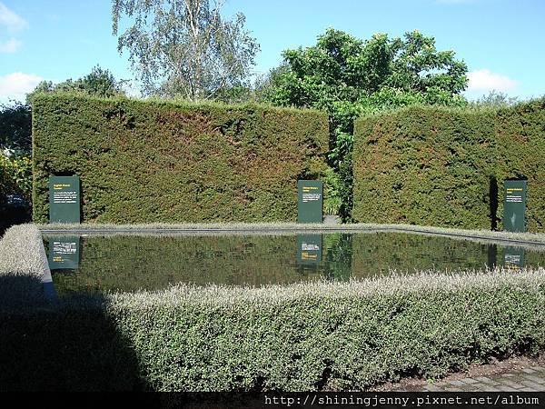 裡頭分成幾個國家特色的花園