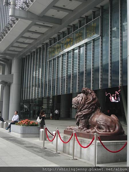 匯豐銀行大樓門口的西洋獅,真帥