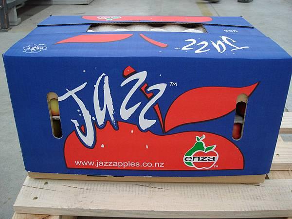 JAZZ蘋果的箱子很rock
