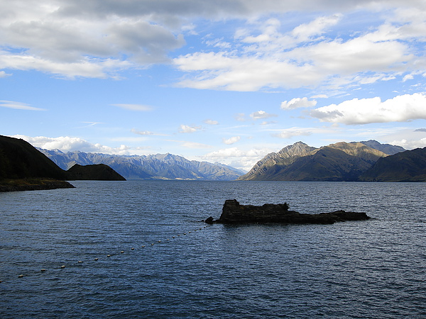 Wanaka附近的Lake Hawea