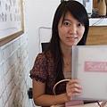 想拿menu故作優雅.JPG