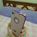 為了這個手機殼 我還換了bling bling的防塵塞 好搭喔~=^^=