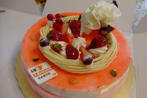 85度C的母親節蛋糕.JPG