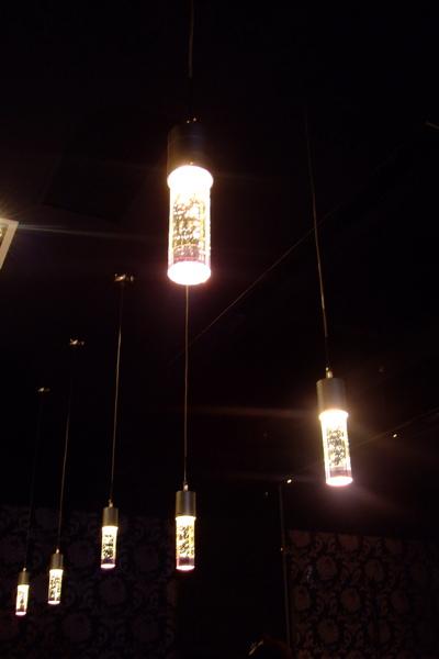 室內的吊燈.jpg