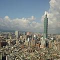今天的貴婦午茶應美環的要求約在遠企38樓的馬可波羅.JPG