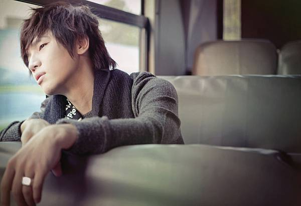 03102011_seoulbeats_K.Will_.jpg