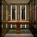 The Sawangan Junior Suite-Bathroom