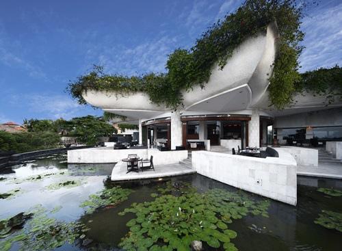 Ayana Restaurant