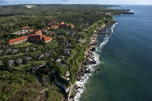 ayana resort