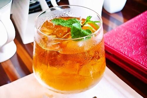 ST Regis Boneka ice tea