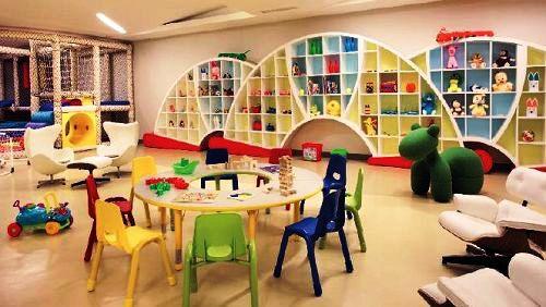 Mulia Resort kid's play room
