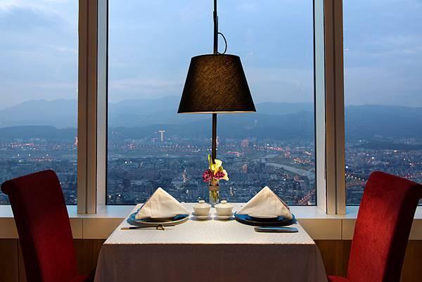 食藝軒窗邊美景.jpg