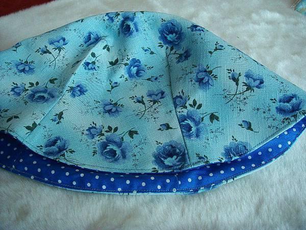 990730雙面漁夫帽-冰藍玫瑰4.jpg
