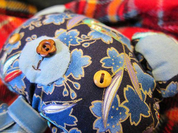 991110和風藍櫻旅の小熊4.jpg