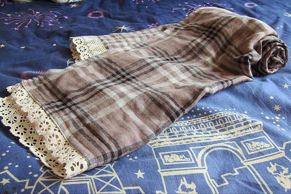 1000302日雜風.雙層紗咖啡格紋長圍巾2.jpg