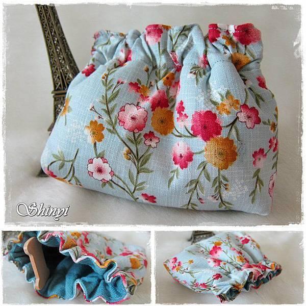 1000601彈簧夾口金包-藍色櫻花.jpg