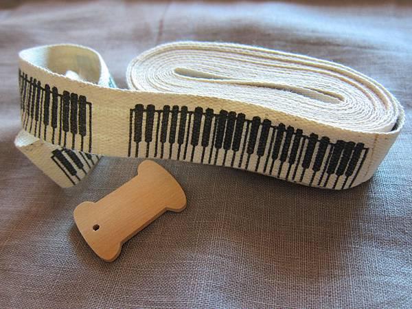 織帶~鋼琴琴鍵