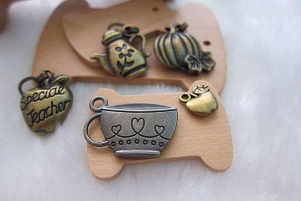 古銅吊飾-食物.茶壺.咖啡杯